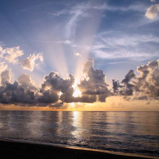 #09 July - Rays at Sunrise - Sarah-Lydia Singer