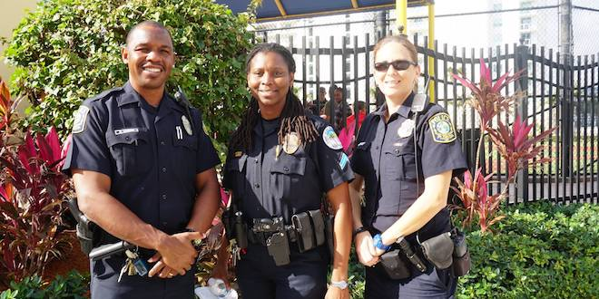 Photo: Police officers